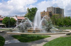 Nicholl's fountain in the Country Club Plaza